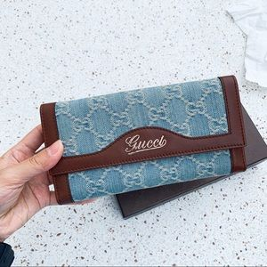 New Authentic Gucci Denim GG Leather Clutch Wallet